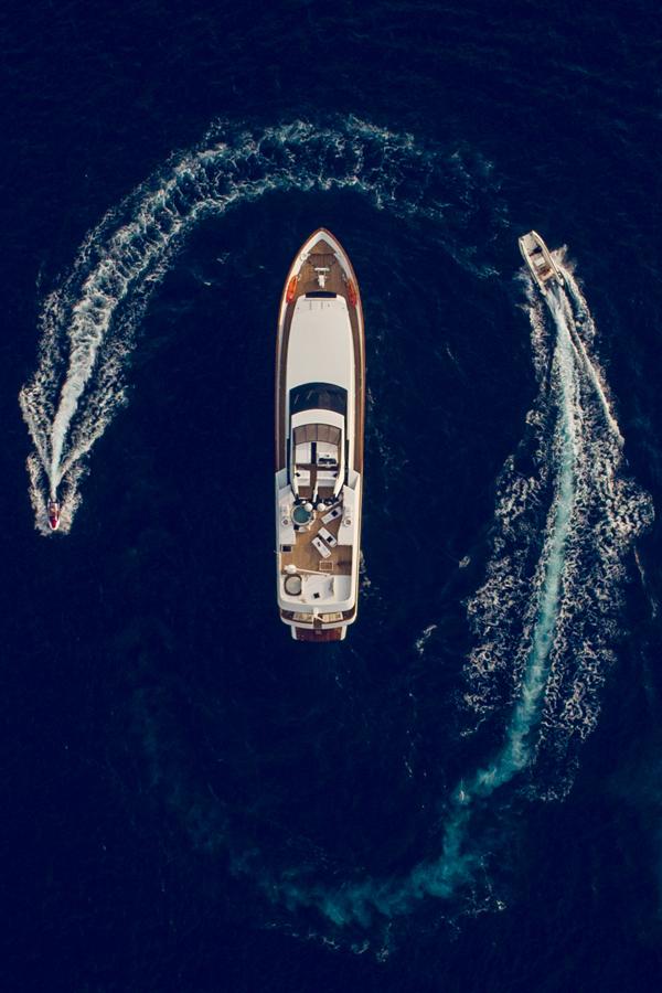 yacht-photography-lifestyle-andrea-boat-sailing-yacht-world-luxury-yacht